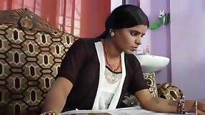 Desi horny housewife irrigate with devar